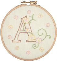 Baby Letters - embroidery kit /Anchor Ø12 cm