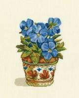 Blue violets - embroidery kit /RTO/ 14 x 18 cm
