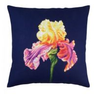 "Pillow top ""Proud iris I"" - embroidery kit /RTO/ 40 x 40 cm"