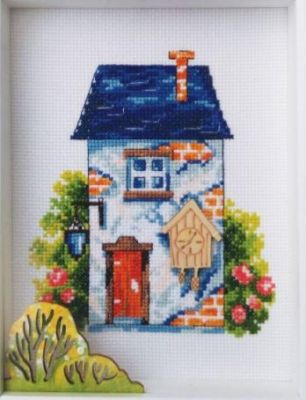 House with a blue roof - комплект для вышивания  /RTO/ 12,5 x 15 cm ― Latvian Crafts